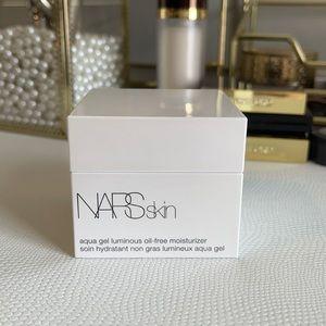 Nars oil free moisturizer